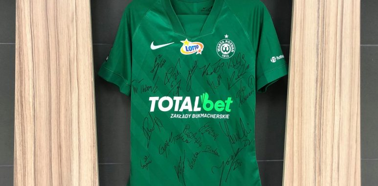 Licytacja koszulki Warty Poznań na Allegro dla Amp Futbol