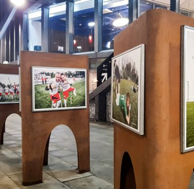 Wystawa zdjęć Amp Futbolu w Poznaniu już otwarta