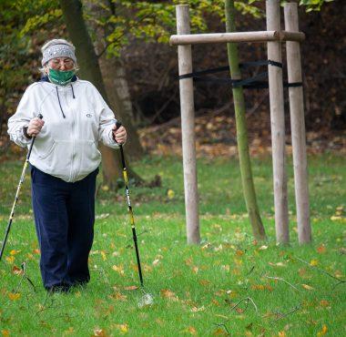Zajęcia nordic walking z seniorami