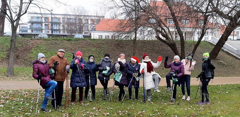 Zajęcia Aktywny Senior z nordic walking odbyły się po raz drugi