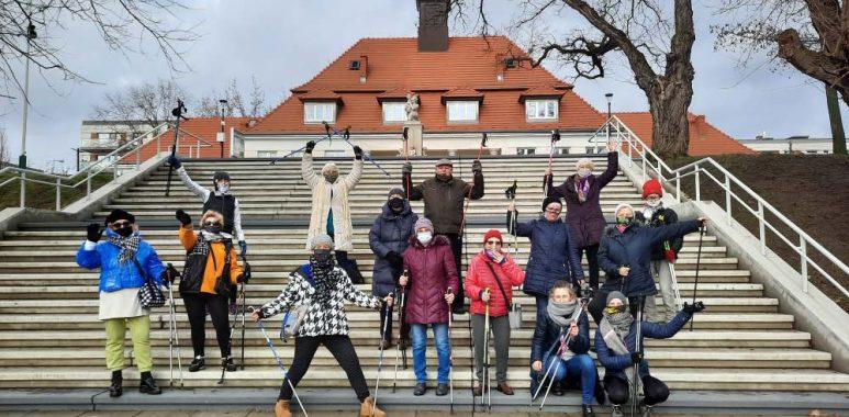 Zajęcia nordic walking dla seniorów